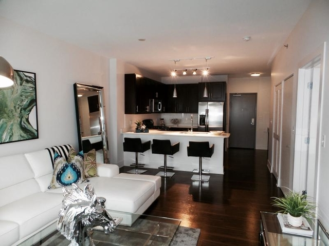1 Bedroom, Goose Island Rental in Chicago, IL for $2,228 - Photo 1