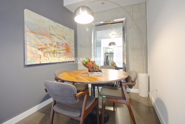 1 Bedroom, Goose Island Rental in Chicago, IL for $2,123 - Photo 2