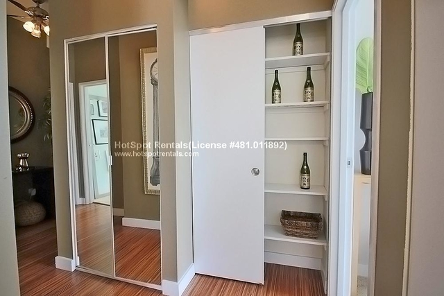 1 Bedroom, The Loop Rental in Chicago, IL for $2,075 - Photo 2