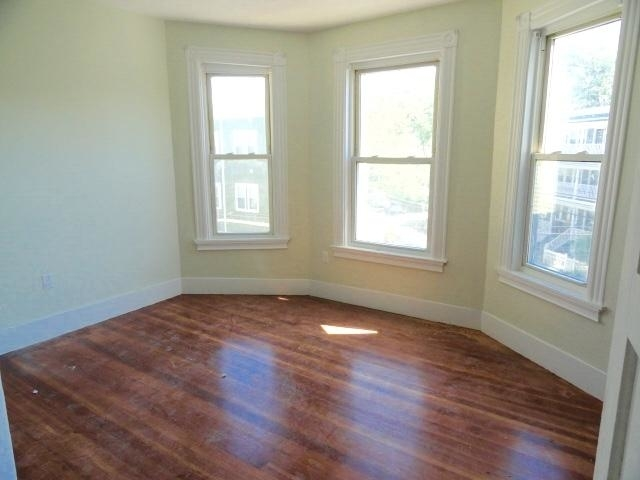 4 Bedrooms, Ward Two Rental in Boston, MA for $4,175 - Photo 2
