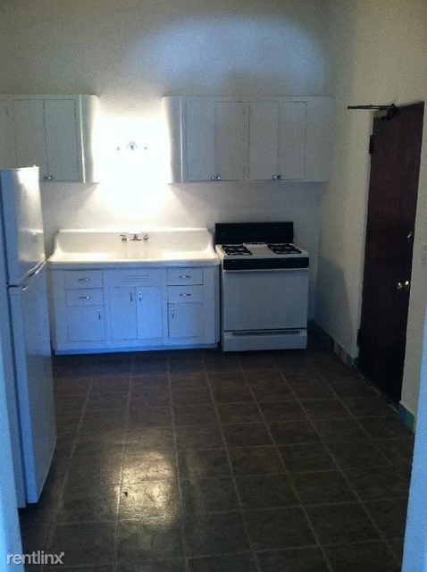 2 Bedrooms, Old Town Rental in Chicago, IL for $1,800 - Photo 2