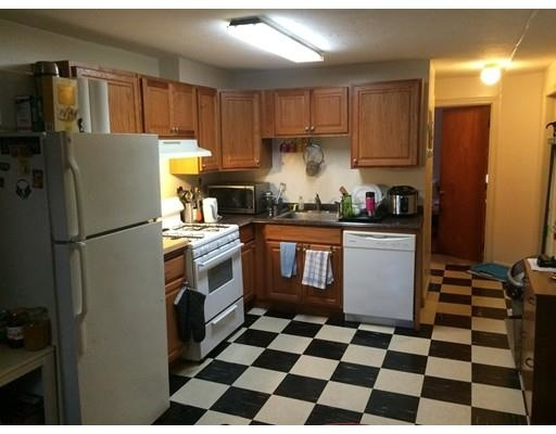 2 Bedrooms, Lower Roxbury Rental in Boston, MA for $2,350 - Photo 1