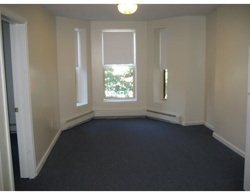 3 Bedrooms, Lower Roxbury Rental in Boston, MA for $3,400 - Photo 2