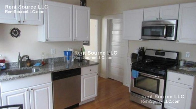 3 Bedrooms, Ward Two Rental in Boston, MA for $2,995 - Photo 2