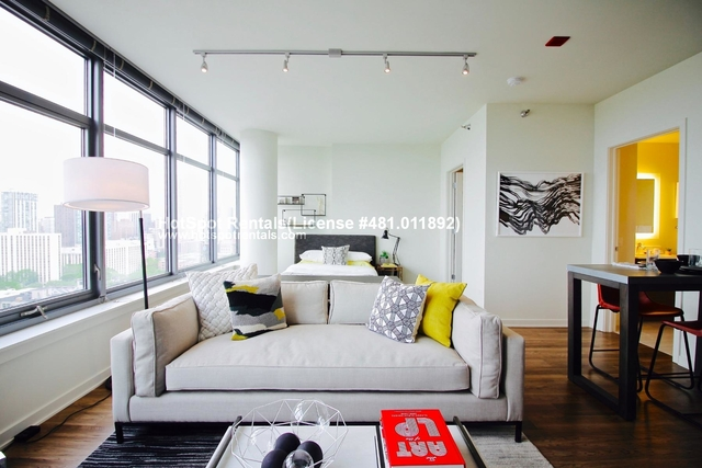 Studio, Near North Side Rental in Chicago, IL for $1,812 - Photo 1