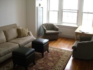 2 Bedrooms, Back Bay West Rental in Boston, MA for $3,100 - Photo 2