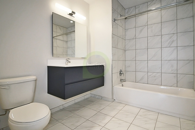 1 Bedroom, Near North Side Rental in Chicago, IL for $3,661 - Photo 2