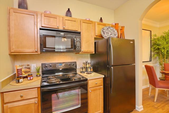 3 Bedrooms, Northpark Plaza Rental in Houston for $1,440 - Photo 2