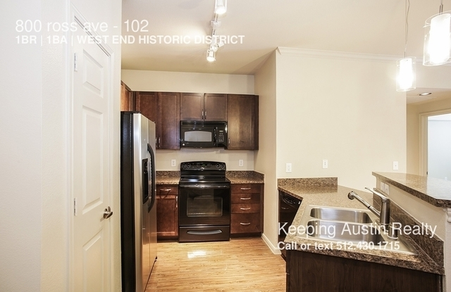 1 Bedroom, West End Historic District Rental in Dallas for $1,200 - Photo 2