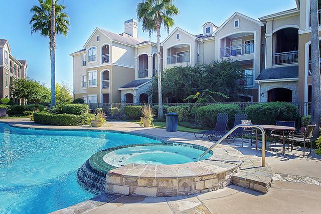 1 Bedroom, Villas at West Oaks Rental in Houston for $980 - Photo 2