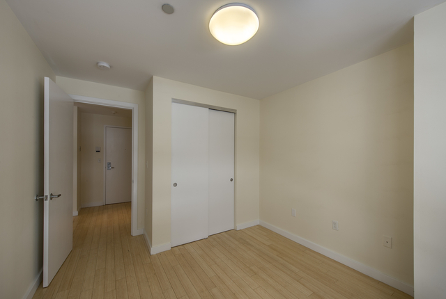 2BR at Boylston St - Photo 7