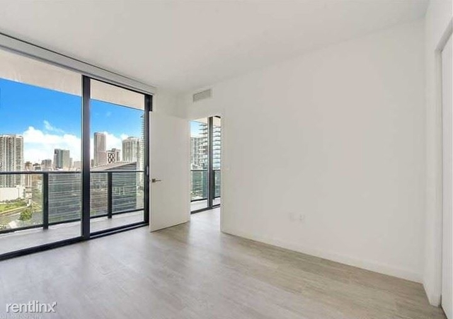 3 Bedrooms, Mary Brickell Village Rental in Miami, FL for $3,750 - Photo 2