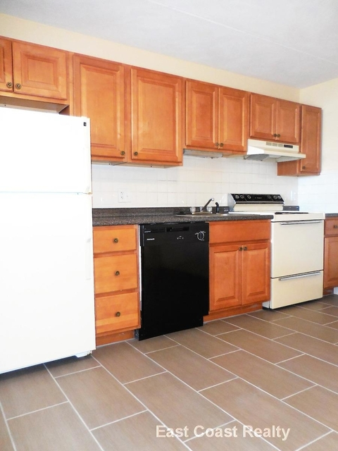2 Bedrooms, Nonantum Rental in Boston, MA for $1,995 - Photo 2