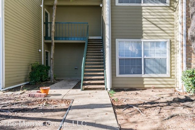 1 Bedroom, Song Rental in Dallas for $900 - Photo 2