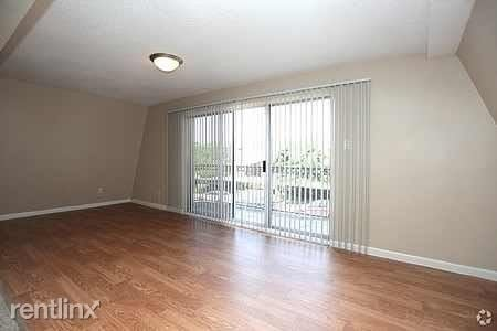 1 Bedroom, Greenway - Upper Kirby Rental in Houston for $1,069 - Photo 2