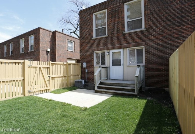 1 Bedroom, Hyde Park Rental in Chicago, IL for $1,150 - Photo 2