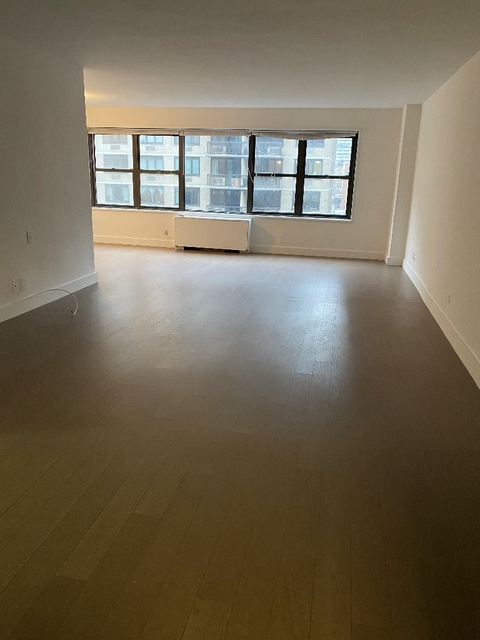 2 Bedrooms, Murray Hill Rental in NYC for $5,380 - Photo 1