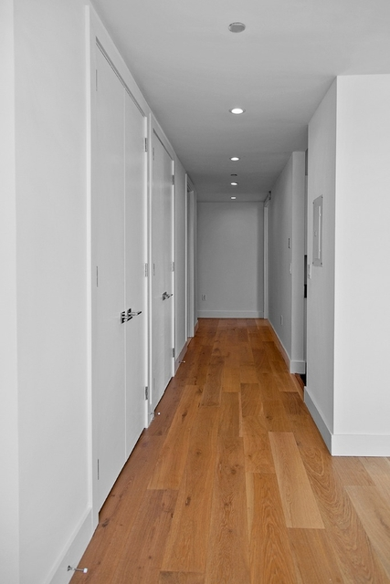 2 Bedrooms, Tribeca Rental in NYC for $7,058 - Photo 2
