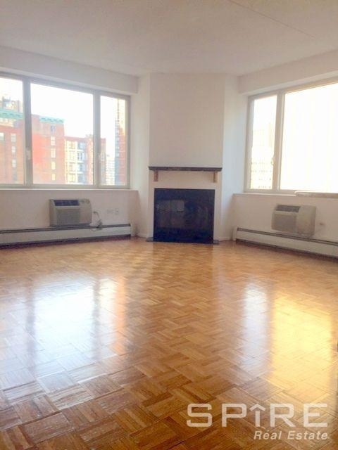 2 Bedrooms, Civic Center Rental in NYC for $5,495 - Photo 2