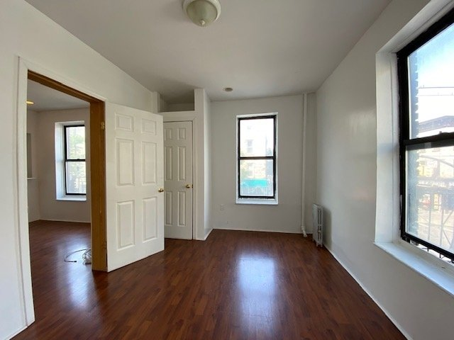 2 Bedrooms, Crown Heights Rental in NYC for $2,195 - Photo 2