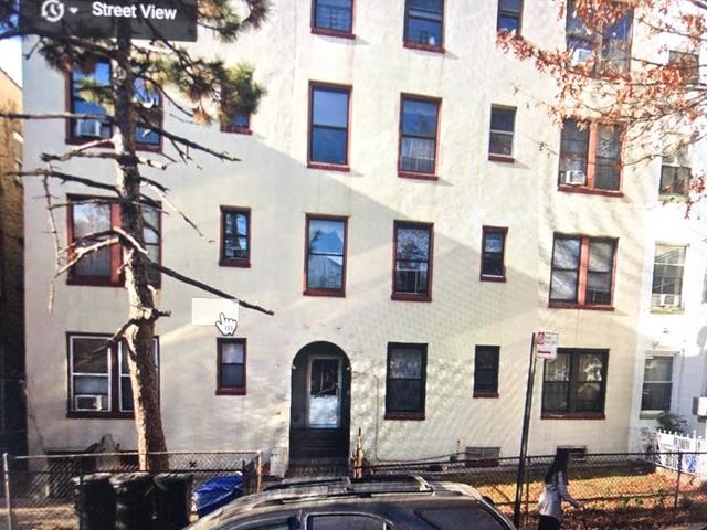4 Bedrooms, Astoria Rental in NYC for $3,200 - Photo 1
