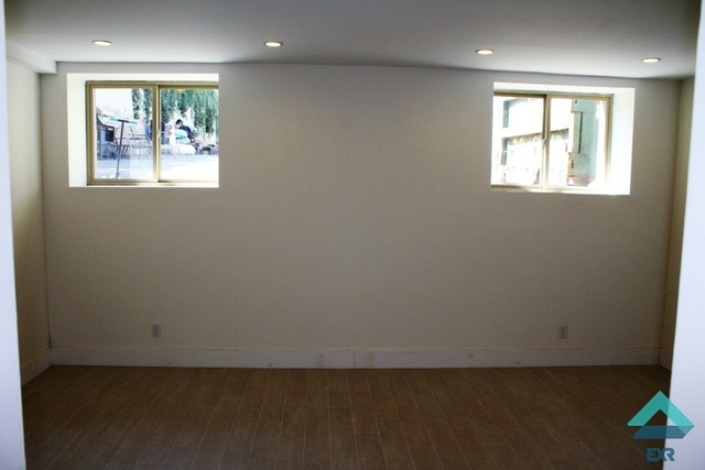 3 Bedrooms, Red Hook Rental in NYC for $3,350 - Photo 1