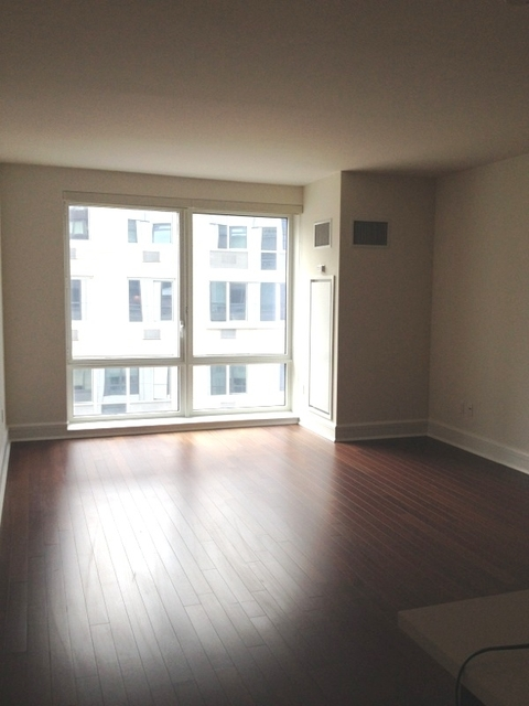 2 Bedrooms, Lincoln Square Rental in NYC for $6,550 - Photo 1