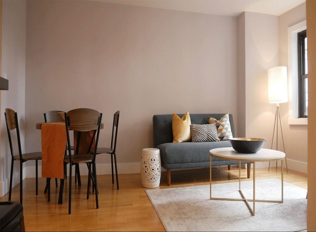 2 Bedrooms, Turtle Bay Rental in NYC for $5,220 - Photo 2