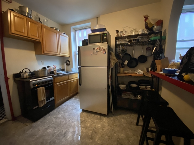 1 Bedroom, Yorkville Rental in NYC for $2,304 - Photo 2