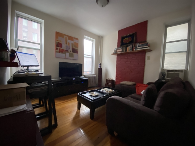1 Bedroom, Yorkville Rental in NYC for $2,304 - Photo 1