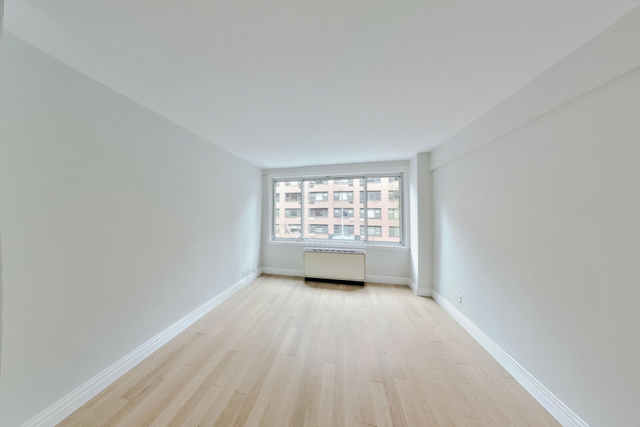 1 Bedroom, Turtle Bay Rental in NYC for $3,296 - Photo 1