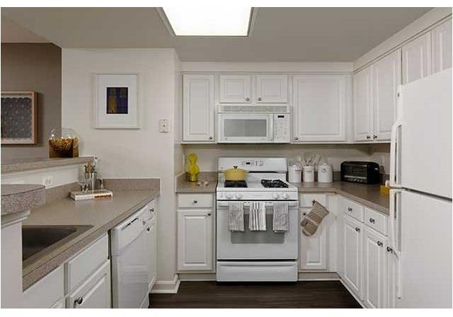 3 Bedrooms, Ballston - Virginia Square Rental in Washington, DC for $3,689 - Photo 2