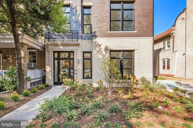 2 Bedrooms, Lanier Heights Rental in Washington, DC for $3,000 - Photo 1