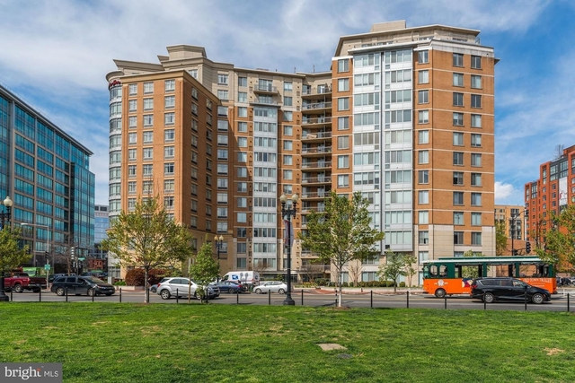1 Bedroom, Mount Vernon Square Rental in Baltimore, MD for $2,200 - Photo 1