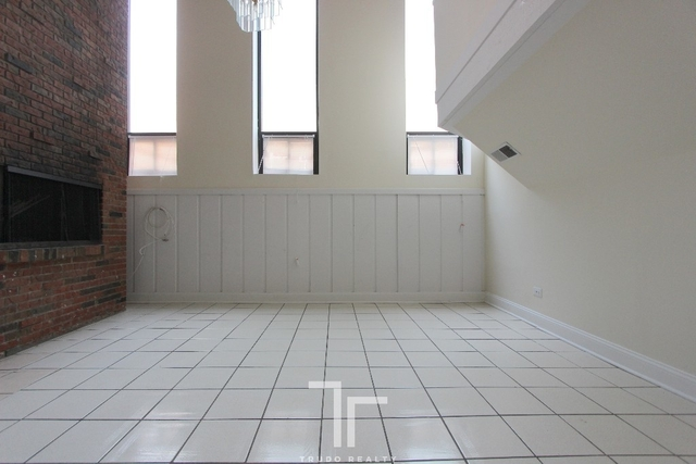 3 Bedrooms, Wrightwood Rental in Chicago, IL for $2,950 - Photo 1