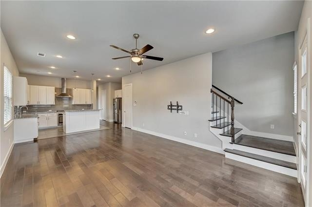 3 Bedrooms, Linwood Rental in Dallas for $2,990 - Photo 2