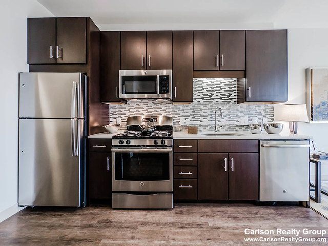 2 Bedrooms, Greektown Rental in Chicago, IL for $3,449 - Photo 1