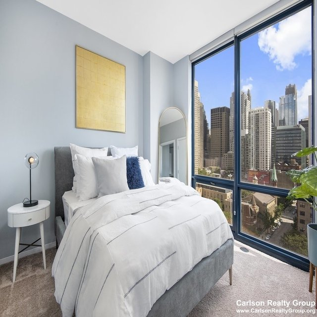 2 Bedrooms, Greektown Rental in Chicago, IL for $3,774 - Photo 2