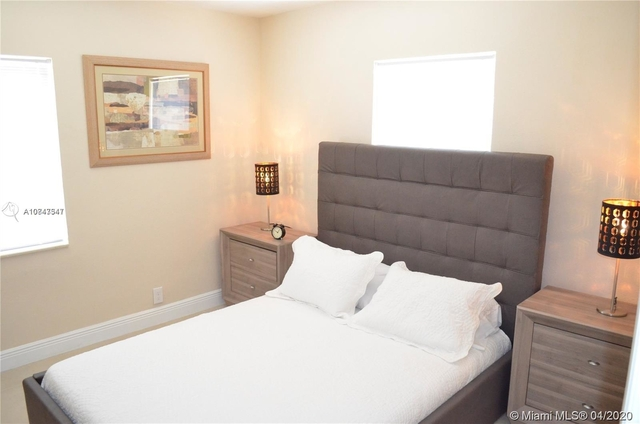 2 Bedrooms, Druid Court Rental in Miami, FL for $1,850 - Photo 2