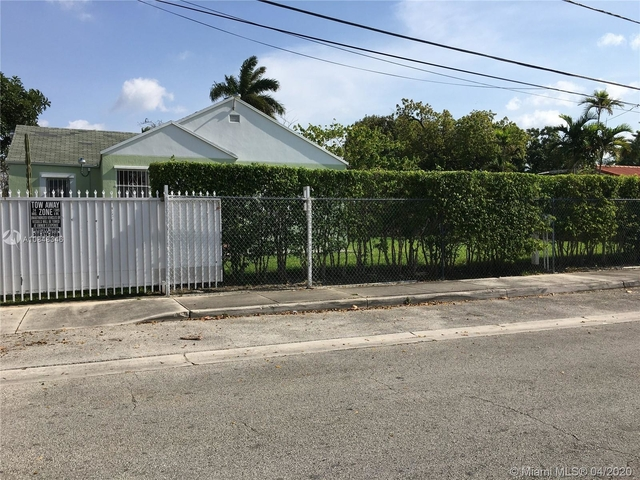 3 Bedrooms, Evergreen Gardens Rental in Miami, FL for $3,000 - Photo 2