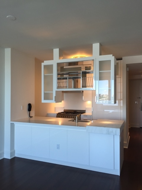 2 Bedrooms, Lincoln Square Rental in NYC for $6,655 - Photo 1
