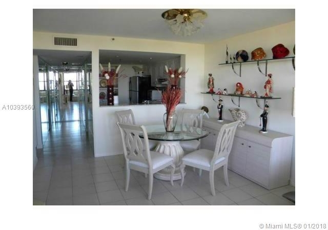 2 Bedrooms, Oceanfront Rental in Miami, FL for $3,000 - Photo 1