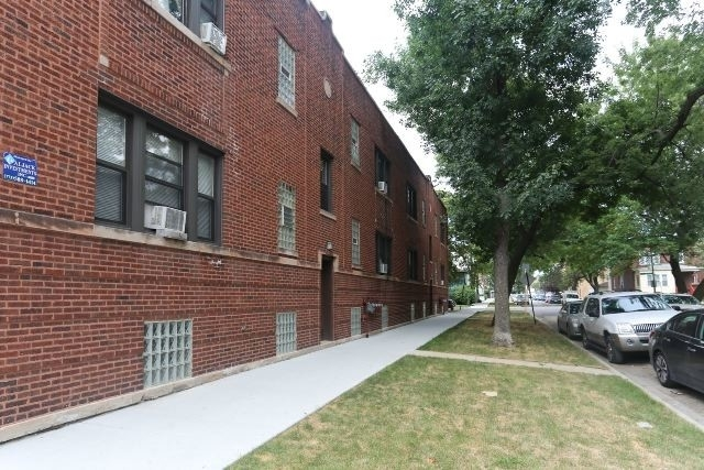1 Bedroom, Irving Park Rental in Chicago, IL for $1,350 - Photo 1