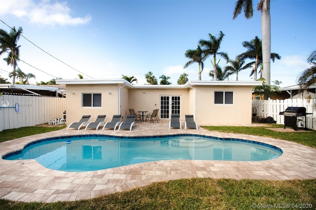 5 Bedrooms, Hollywood Lakes Rental in Miami, FL for $11,000 - Photo 1