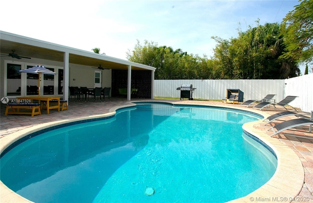 5 Bedrooms, Hollywood Lakes Rental in Miami, FL for $15,000 - Photo 1
