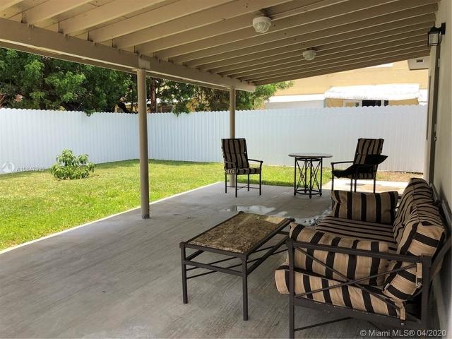 1 Bedroom, Druid Court Rental in Miami, FL for $1,500 - Photo 2