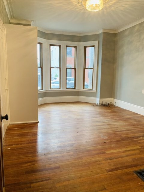 2 Bedrooms, Central Maverick Square - Paris Street Rental in Boston, MA for $2,000 - Photo 1