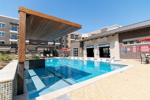 2 Bedrooms, Central Dallas Rental in Dallas for $3,282 - Photo 1