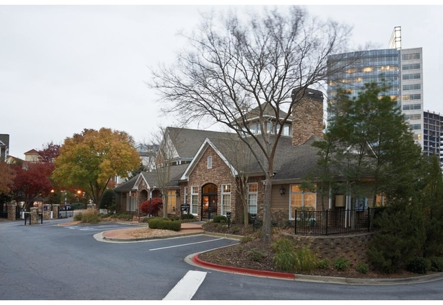 2 Bedrooms, Perimeter Center Rental in Atlanta, GA for $1,451 - Photo 2