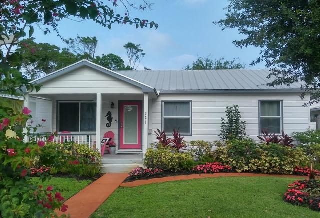 3 Bedrooms, Osceola Park Rental in Miami, FL for $7,500 - Photo 1